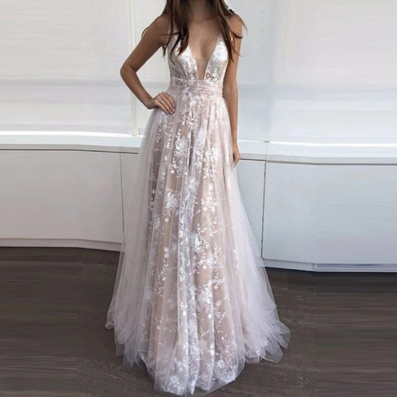 Long Beach Champagne White Lace Formal   Evening     Dresses   2018 Illusion Deep V Neck Women   Evening     Dress   Gowns Prom   Dress   Plus Size