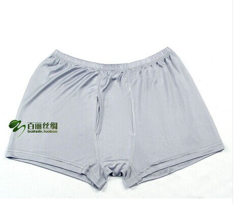 Breathable functions 100% silk Men's knitted underwear pants have big yards