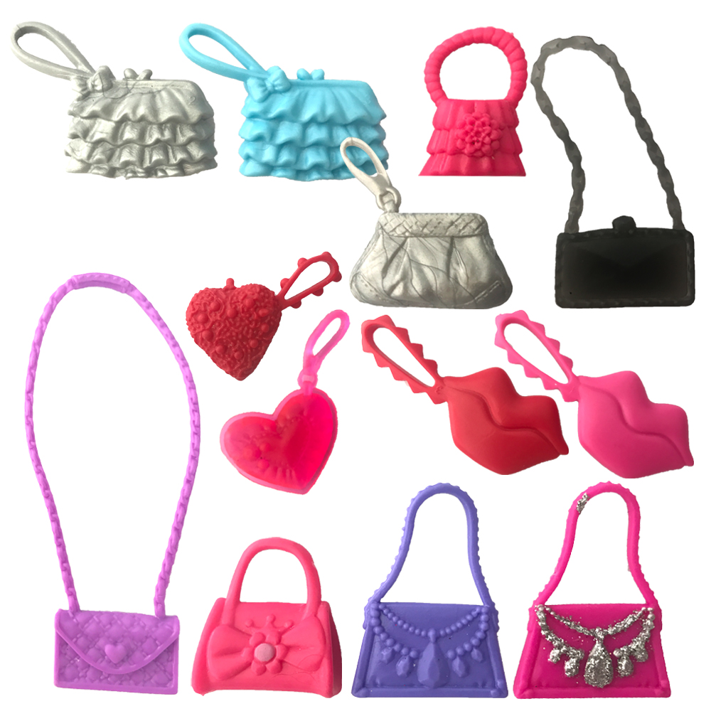 NK 3pcs / Lot Randomly Cute Bags For Barbie Dolls Accessories Mix Bag Shaped Kids Toys Lovely Kids Gift Parts For Barbie Doll DZ