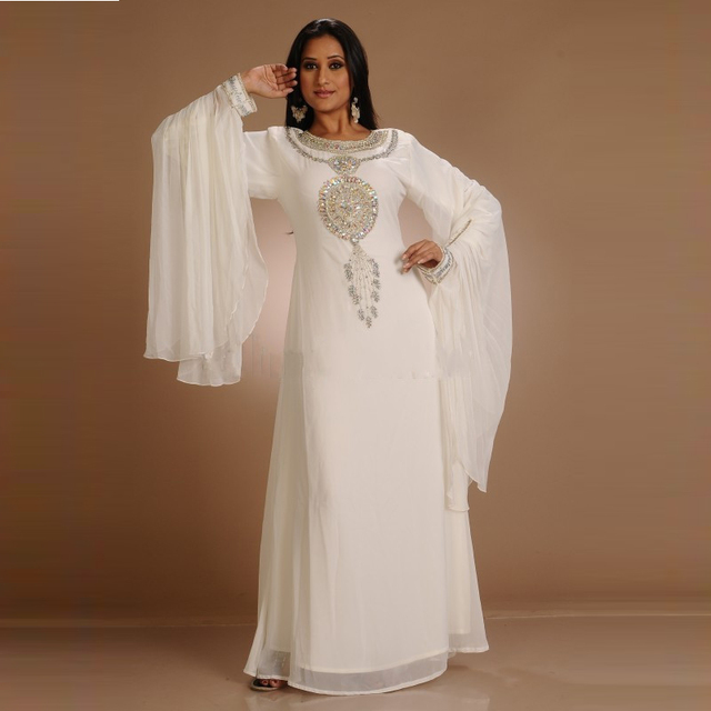 Full Long Sleeve White Chiffon Dubai Caftan Evening Dresses Crystal Beaded  Charming 2017 Arabic Plus Size Evening Gowns Women ae6cebc3de0a