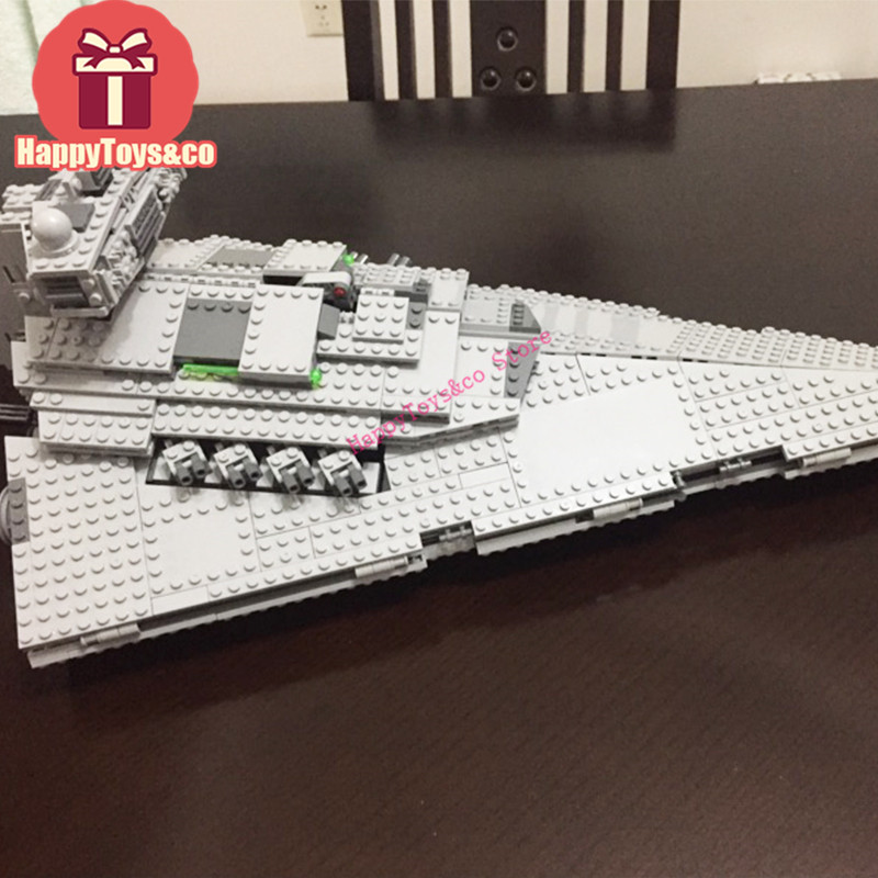 Lepin Star-wars 75055 1391Pcs The Imperial Super Star Destroyer toys For Children Gift 05062 Building Blocks Set Compatible 05028 star wars execytor super star destroyer model building kit mini block brick toy gift compatible 75055 tos lepin