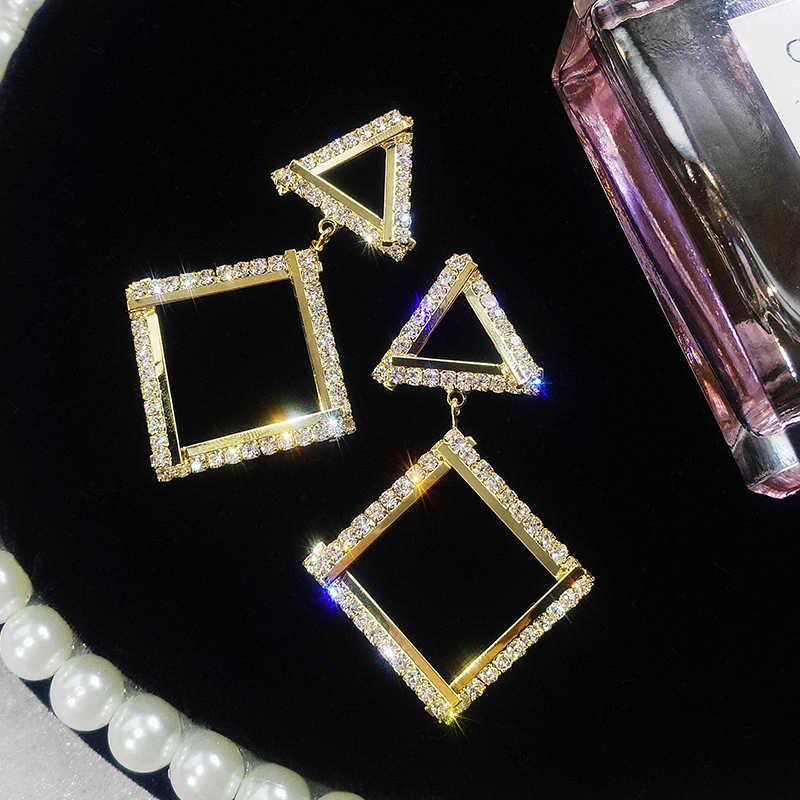New design fashion pop jewelry geometric metal triangle earrings full of crystal party wedding earrings for Girls gift for woman