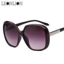 401a505d17ee5 LeonLion 2018 Moda Grande Quadro Óculos de Sol Das Mulheres Designer De  Marca UV400 Viagem Lente Gradiente óculos de Sol Oculos .