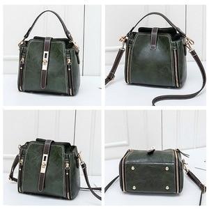 Image 4 - FUNMARDI Vintage Bucket Shoulder Bags Women Handbags Fashion PU Leather Crossbody Bag For Women Zipper Design Lady Bag WLHB1935
