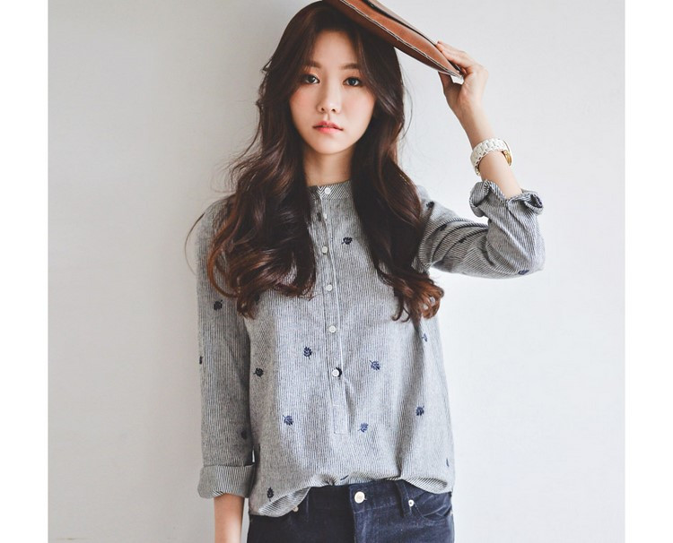 HTB1cyaWMVXXXXcfXFXXq6xXFXXXG - Autumn Leaves Embroidery Long Sleeve Women Blouses Tops Shirts