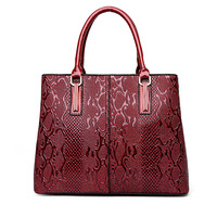2019 Women Patent Leather Handbag Snake Pattern High Quality Bolsa Bride Bolso Women Wedding Handbag Brand Designer Tote Sac