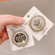 CX-Shirling New Winter Fashion Crown Brooch Antique Round Pearl Pendant Quality BroochesJewelry Female Jewelry Gifts
