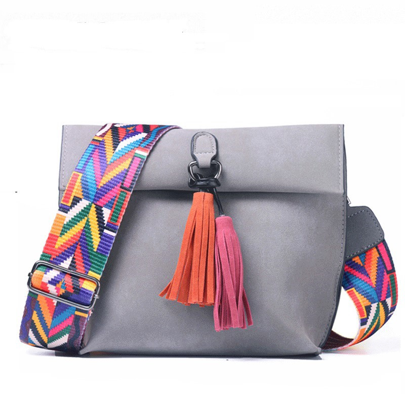 DVIA Brand Women Messenger Bag Crossbody Bag Tassel Shoulder Bags Female Designer Handbags Women Bags With Colorful Strap