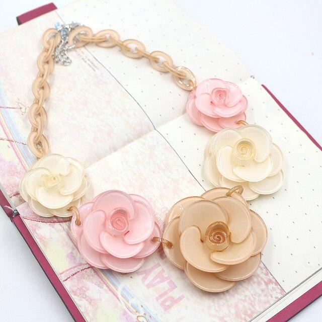 Розовый ожерелья и кулоны горячая распродажа прозрачный большой смола хрустальный цветок старинные колье заявление ожерелье мода ювелирные изделия ожерелья ожерелья из смолы колье