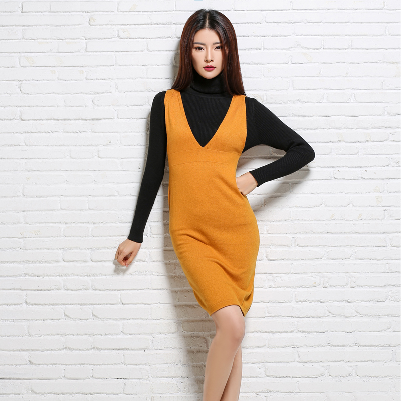 The new lady's cashmere frock dress is a sexy sleeveless cashmere sweater with a warm body and a woolen dress