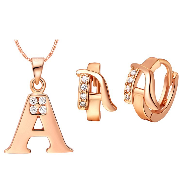 Women Men A B C D E F G H I J K L M N O P Q R S T U V W X Y Z 26 Letter Pendant Necklace ...