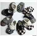 Wholesales Black&white Patch PU Leather Baby Moccasins shoes fashion bow Moccs soft sole Newborn Baby firstwalker Anti-slip shoe