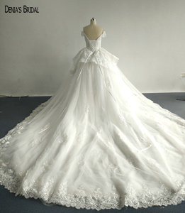 Image 2 - 2017 Ball Gown Beaded Lace Wedding Dresses with Sweetheart Neckline Sleeveless Chapel Train Floor Length Colorful Bridal Gowns