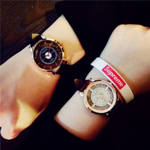 Moda Super Star Dragon EXO Misma Sección Hueca Relojes Ventiladores Reloj Único Con Estilo Mujeres de Los Hombres Reloj de Cuarzo Ocasional
