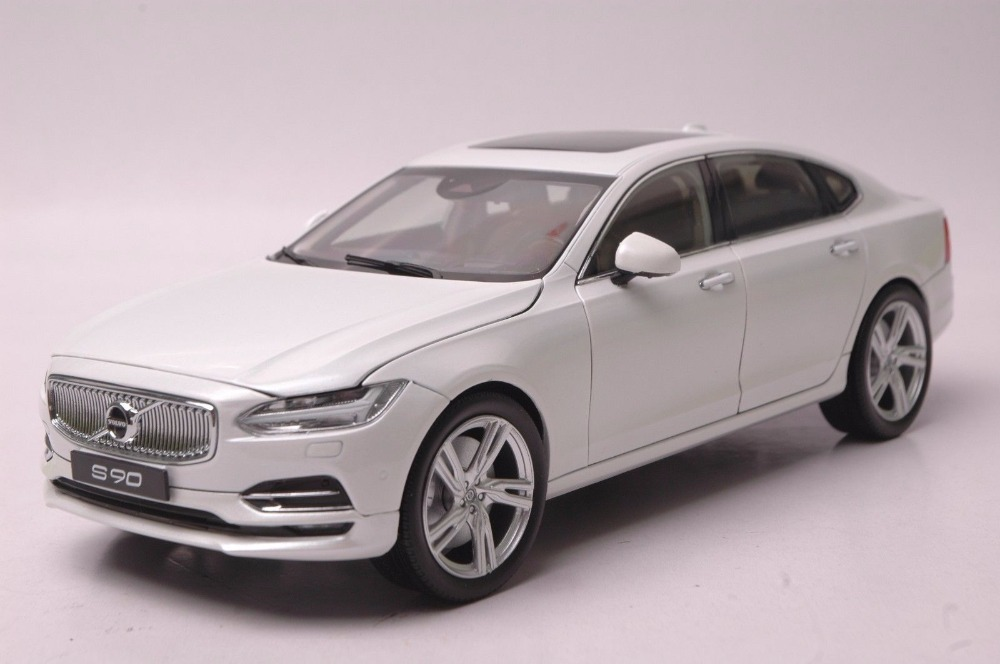 1:18 Diecast Model for Volvo S90 T5H 2016 White Alloy Toy Car Miniature Collection Gifts