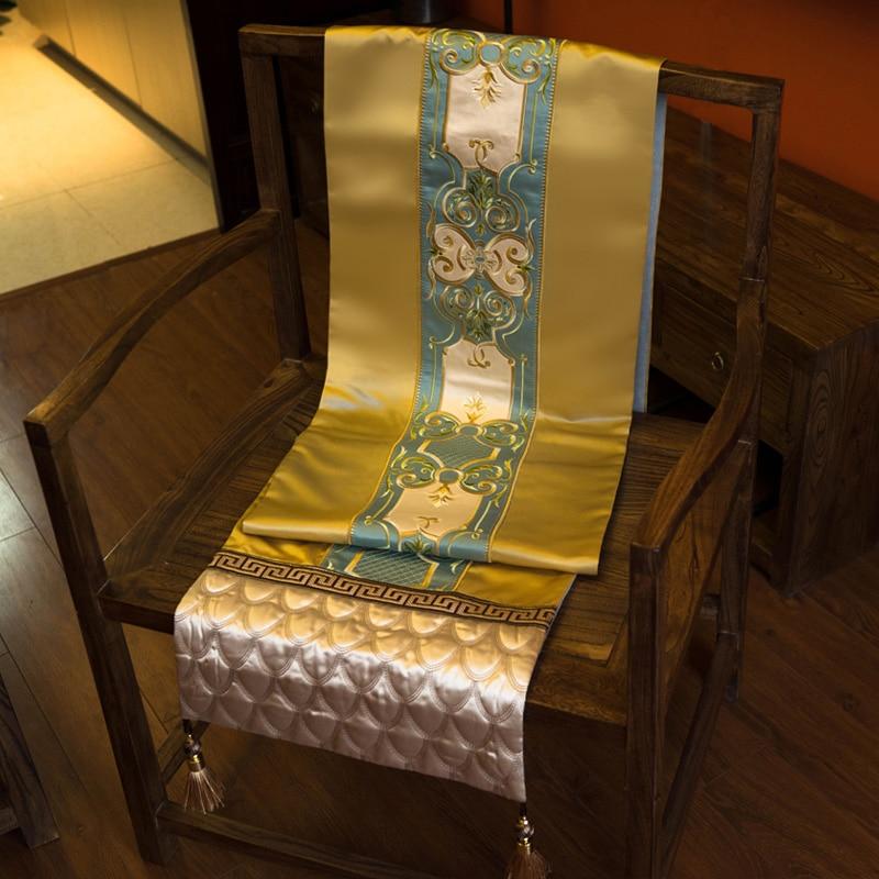 ゴールデンヨーロッパブルー高級テーブルクロス錦織ファッション結婚式のテーブルランナー伝統刺繍ホームホテルヴィラ装飾  グループ上の ホーム&ガーデン からの テーブルランナー の中 1