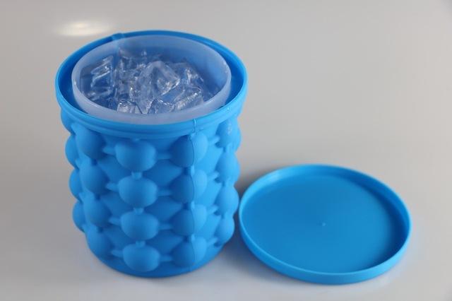 SMART ICE CUBE MAKER