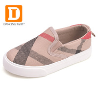 New 2017 Fashion Gingham Striped Children Shoes Brand Slip On Canvas Girls Boys Sneakers Rubber Anti