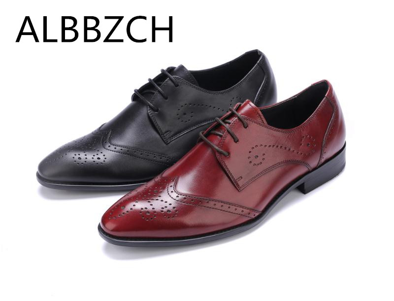 New Genuine Leather Dress Men Brogue Shoes Red Black Wedding Shoes Mens Pointed Toe Laces Comfortable Business Office Work ShoesNew Genuine Leather Dress Men Brogue Shoes Red Black Wedding Shoes Mens Pointed Toe Laces Comfortable Business Office Work Shoes
