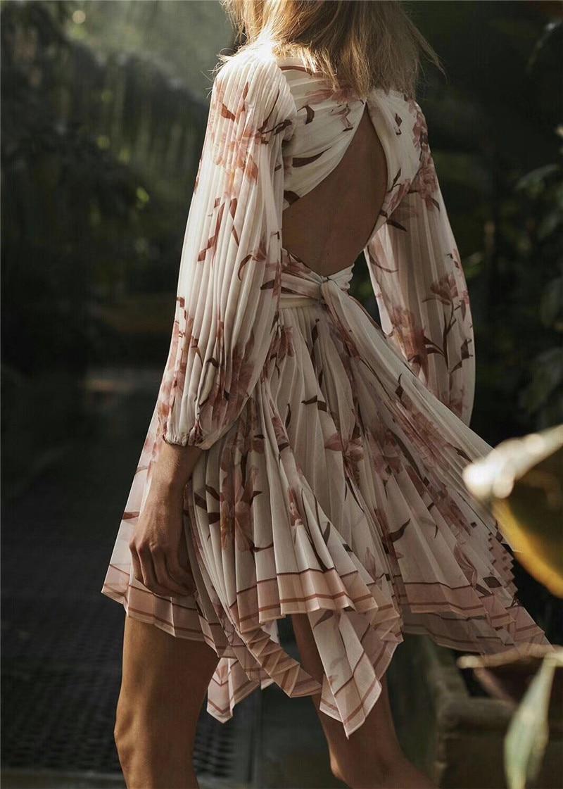 Printemps Nouveau Robe 2019 Vacances Chaussettes Irrégulière De Plissée Arrivent Rembourées QxthrsdC