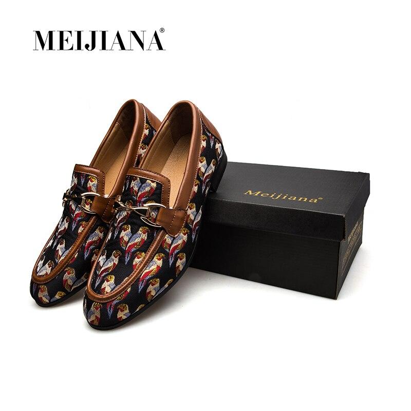 MeiJiaNa 2018 Moda Confortáveis Sapatos Casuais Mocassins Homens Sapatos de Qualidade Sapatos De Couro de Divisão Dos Homens Sapatos Flats Venda Quente Banquete