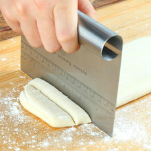 цены Kitchen Stainless steel cutter scraper integrated cake butter cream powder  scraper dough roasting cutter 15*11.5cm