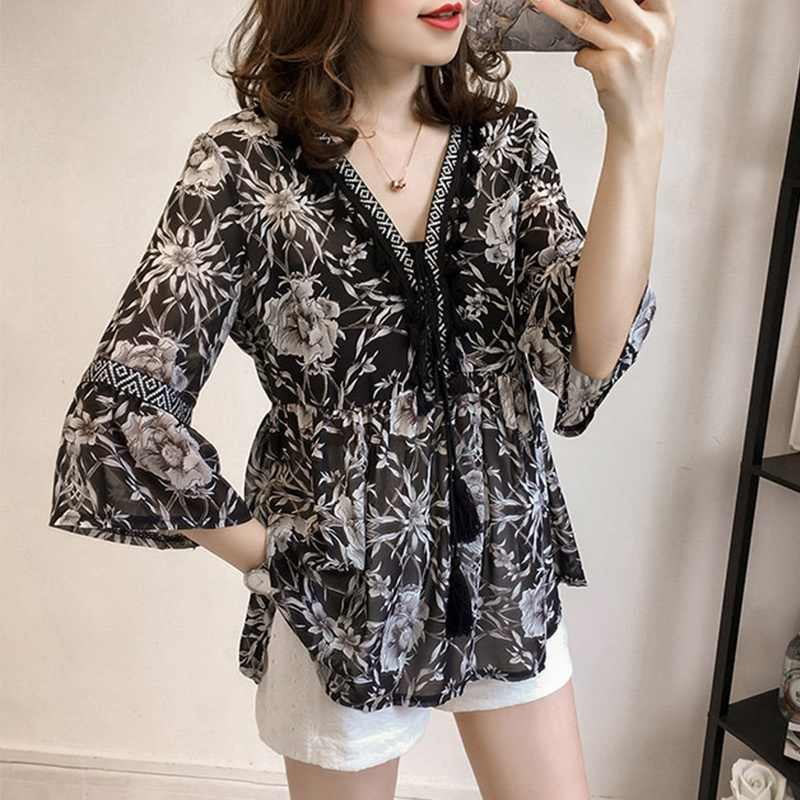 Fashion Flare Sleeve Tassel Floral Printed Shirt Bohemian Women V Neck Loose Tops  Chiffon Blouse