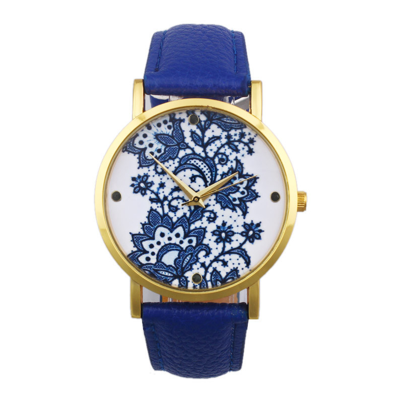 купить Amazing ! Vogue Women Watch Round Lace Pattern Printed Faux Leather Analog Quartz Lady Dress Wrist Watches Female Clock Hot ! недорого