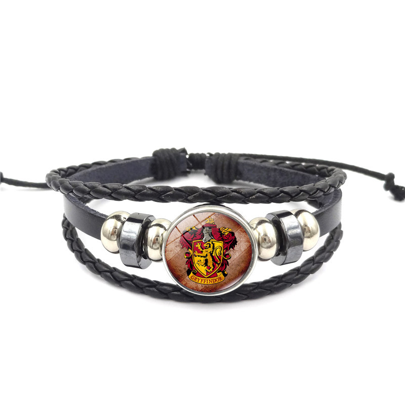 Harry potter cartoon series European and American style Hogwarts insignia knitted beaded bracelet festival gift Toys