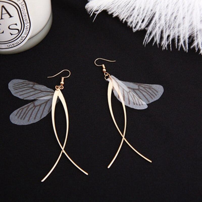 Creative New Jewelry Hand Retro Fairy Butterfly Wings Earrings Temperament Pretty Girls Alloy Tassel Earrings