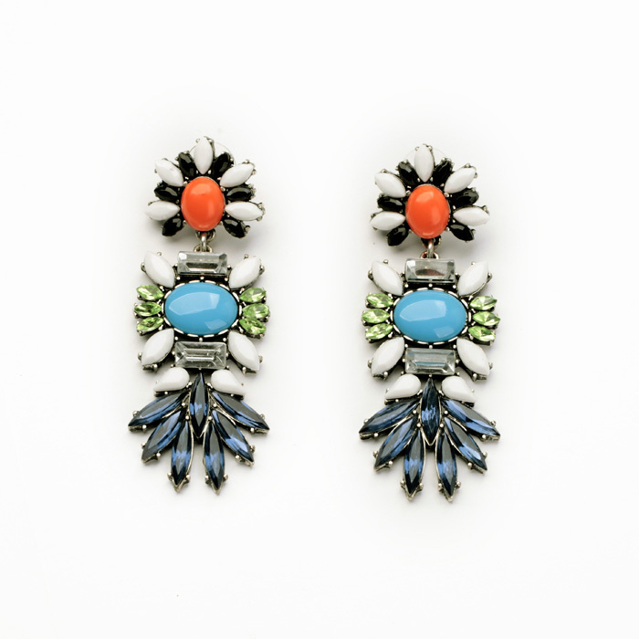 914f85065 Hot Sale 2017 New Arrival Fashion Resin Zinc Alloy Flashing Christmas  Earrings Major Suit-in Drop Earrings from Jewelry & Accessories on  Aliexpress.com ...