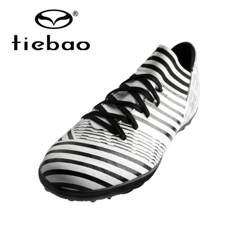 TIEBAO 2018 New Turf Soccer Shoes Adult Soccer Boots TF Rubber Outsole Football Shoes Unisex Football Boots Botines De Futbol