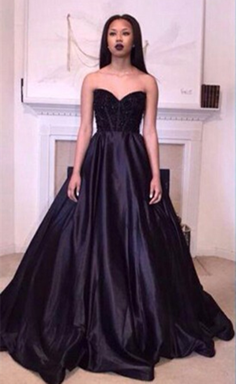 Ungewöhnlich Rihanna Inspiriert Prom Kleid Zeitgenössisch ...