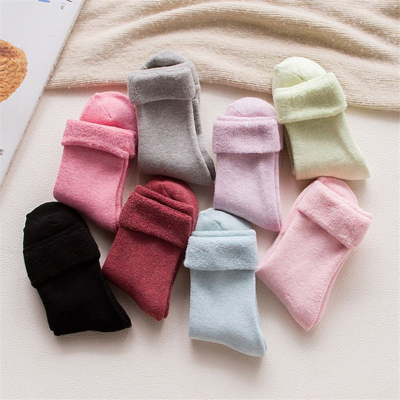 2018 Autumn And Winter Women Snow Socks Middle <font><b>Tube</b></font> Floor Socks Thickened Thermal Socks Wholesale Warm Terry Loose Mouth Socks image