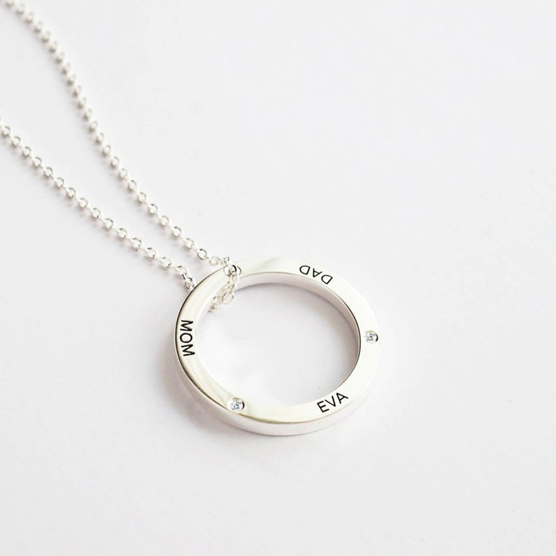 Image 2 - StrollGirl 925 Sterling Silver Linked Circle Necklace Personalized Customization Engraved Name Necklace Valentines Day Gift-in Pendant Necklaces from Jewelry & Accessories