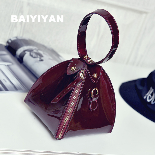 2016 TOP Quality Luxury Glossy Trendy Small Purse Ladies Wallet Triangle Women's Clutches Casual Patent Leather Handbags