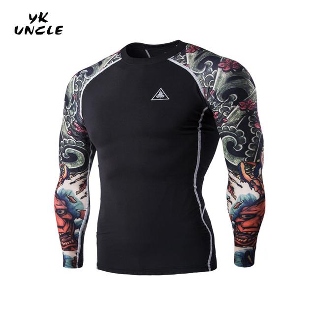 Nova Chegada 2016 Novos Homens Marca de Moda T-shirt Do Tatuagem Do Braço Homens T-shirt da Aptidão Dos Homens de Impressão T-shirt Fino de Alta Qualidade, TIO YK