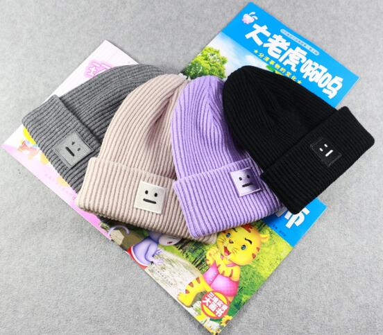 1pcs,free shipping 2016 New Men/Women  Beanie Hat Autumn Winter Smile Pattern knitted Caps And Hats For Women women s hats and fascinators vintage sinamay sagittate feather fascinator with headband tocados sombreros bodas free shipping