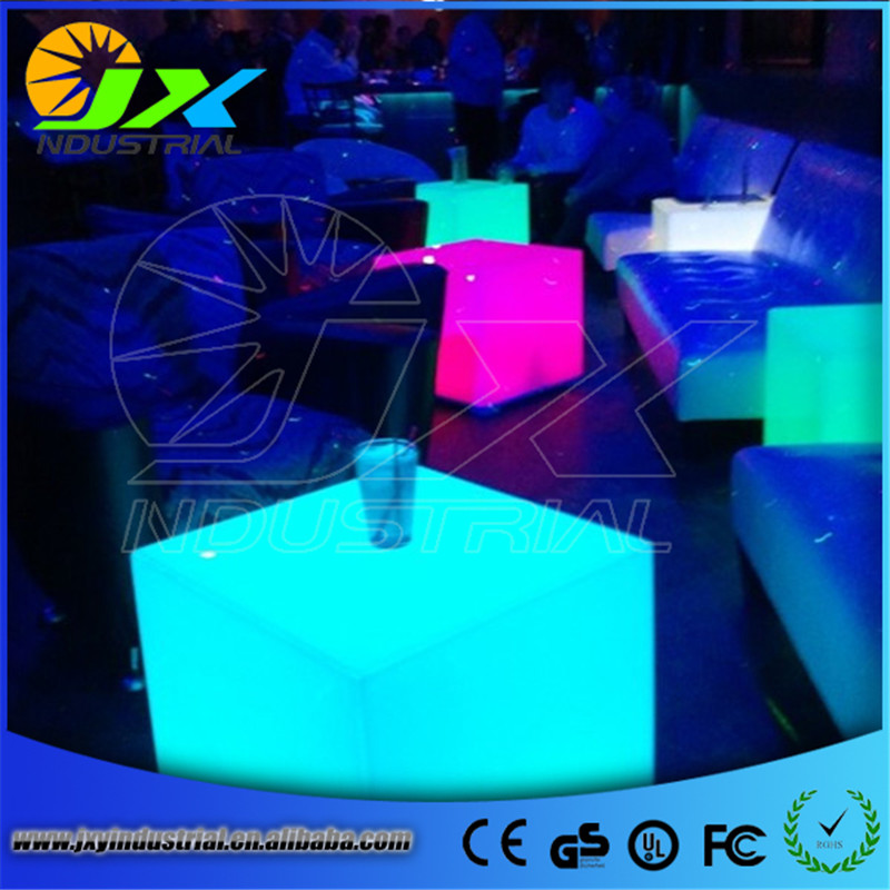 outdoor waterproof 35CM GLOWING SEATING CUBE rechargeable luminous cube led bar chair barstools with remote control