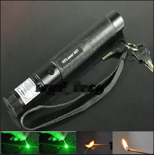 Super Puissant Vert Laser pointeur 50 w 500000 mw 532nm Haute puissance LED Lazer lampe de Poche présentateur Brûlant Match et Lumière Cigarettes