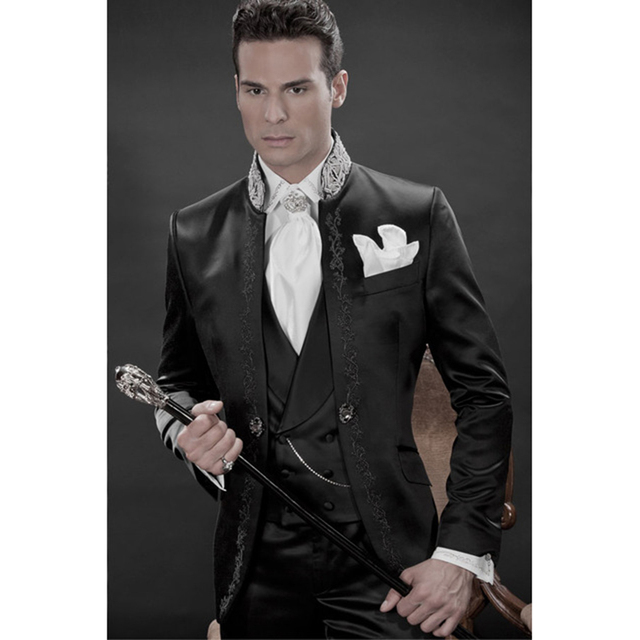 2018 bordados Groomsmen Terno Masculino novio esmoquin negro hombres trajes  de boda baile mejor hombre 7acb385e447