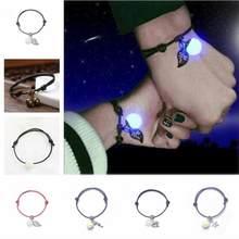 06e9476211b1 Coreano viento nacional pareja de moda hecho a mano de piedra luminosa  pentagrama corazón hojas pulsera Unisex negro y rojo puls.