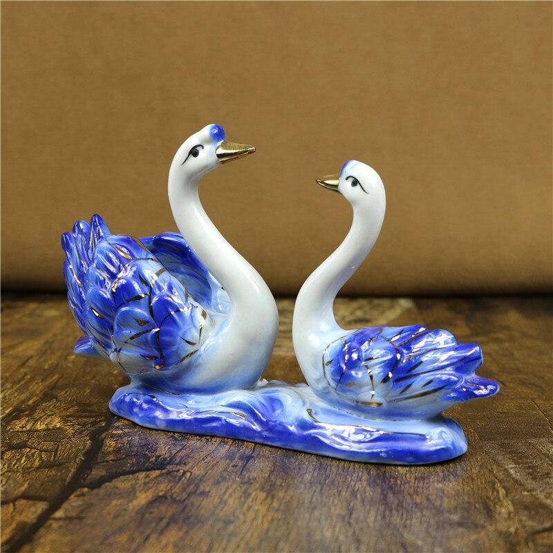 Porcelain Swan Couple Miniature Handmade Ceramic Animal Lovers Figurine Desktop China Decoration Craft Ornament Gift Accessories