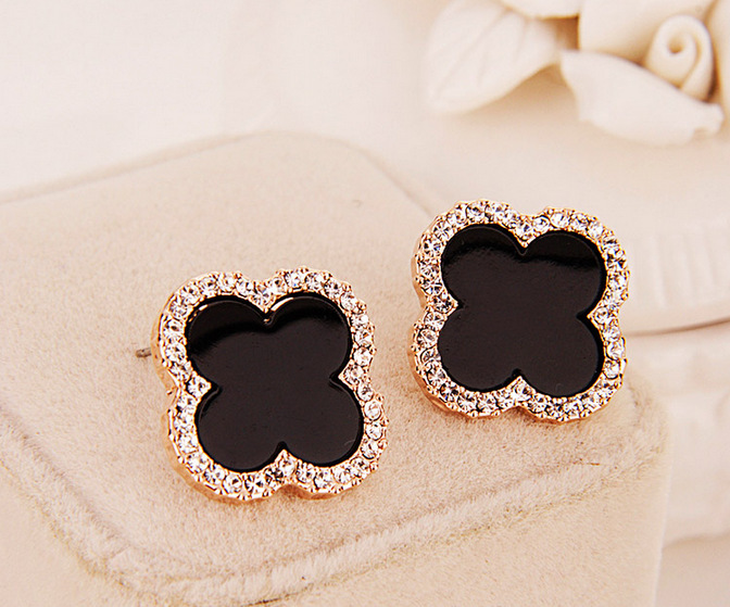 2017 Fashion Unique Trendy Vintage Designer Four Leaf Clover Lovely Ear Stud Earrings For Women Brincos In From Jewelry Accessories On
