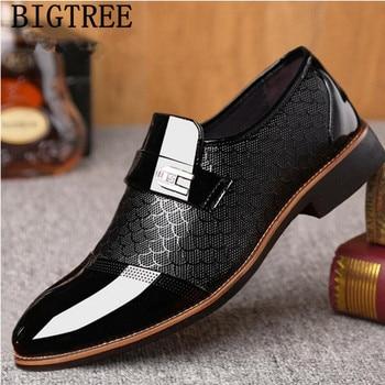 325aecec Zapatos formales negros italianos hombres mocasines Zapatos de vestir de  boda hombres zapatos oxford de charol para hombres chussures hommes en cuir