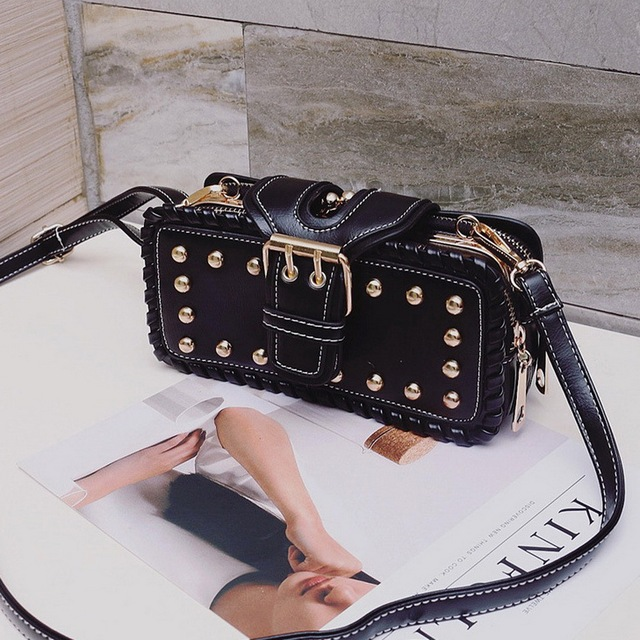 FUNMARDI Luxury Rivet leather Clip bag Punk style messenger bag Retro 3 layers shoulder bag brand design women bags WLHB1609
