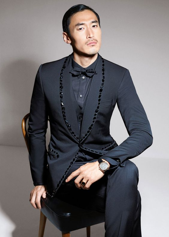 2019 Latest Coat Pant Designs Black Rhinestone Men Suit Slim Fit Skinny 2 Piece Tuxedo Custom Prom Suits Groom Blazer Masculino