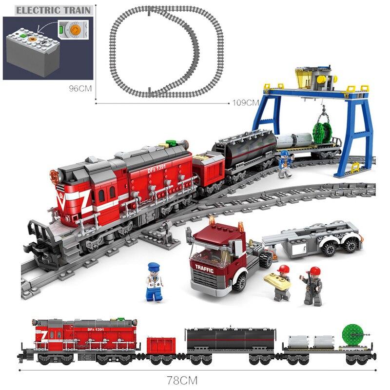KAZI Batterie Alimenté Électrique Avec Légèreté Ville Train Rail Cargo Ensemble blocs De Construction Briques De Cadeau De NOËL Bricolage Jouets Pour enfants