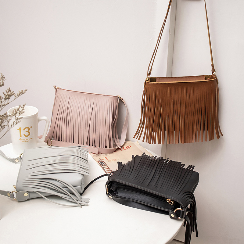Famous Brand Small Shoulder Bag For Women Messenger Bags Ladies PU Leather Handbag Purse Tassels Female Crossbody Bag Women 2019