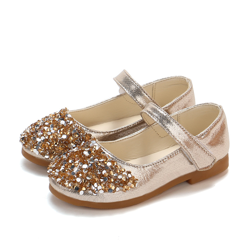 Detail Feedback Questions about JGSHOWKITO Kids Shoes For Toddler Girl  Princess Shiny Rhinestone Bling Shoes Children Girls Casual Flat Dancing  Wedding ... d56edd601bbf